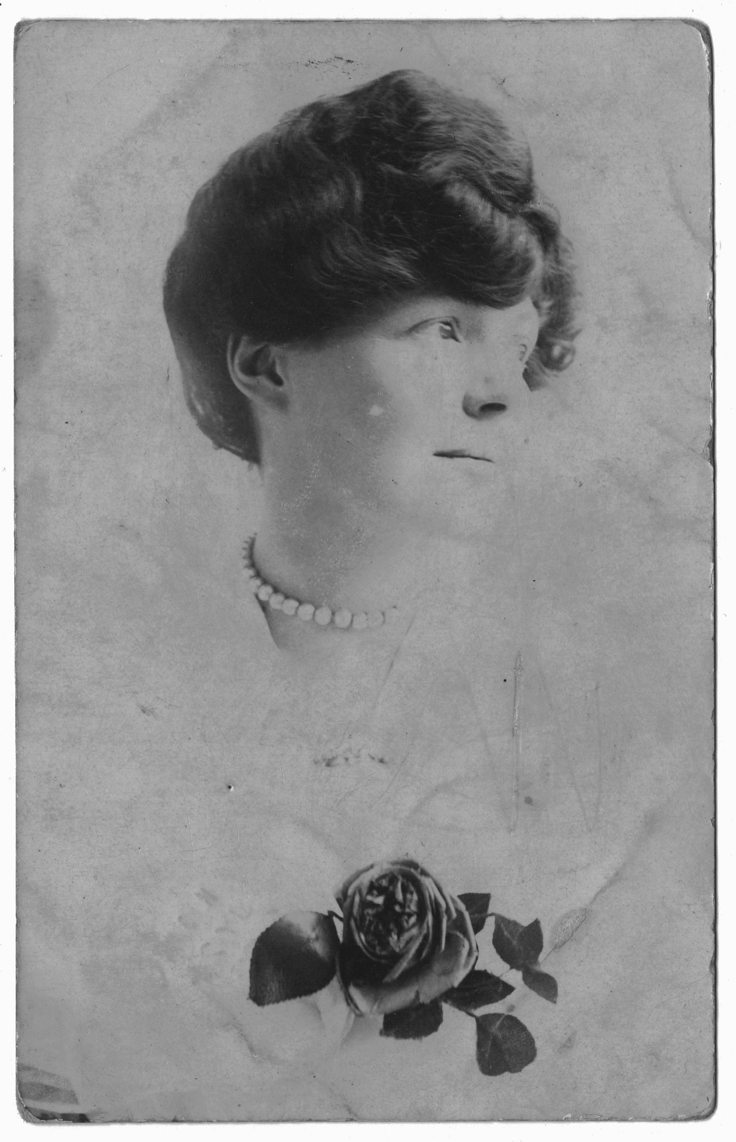 Hilda Burkitt, taken by her sister Lillian in 1905, shortly before Hilda's 29th birthday. In two and half years, both women would become WSPU members - Image Credit Lesley Cain, Jane Wood & Lauren Hall ( Great, Great / Great Nieces )